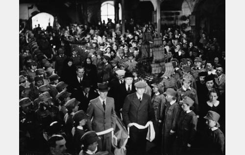 Sankarivainajien siunaus Uudenkaupungin vanhassa kirkossa.