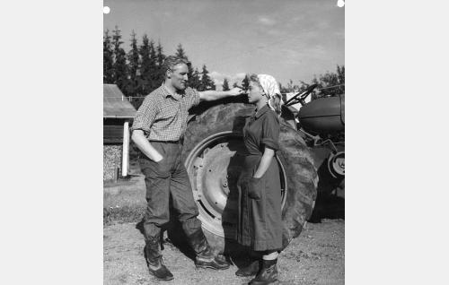Åke Lindman ja Anneli Sauli.
