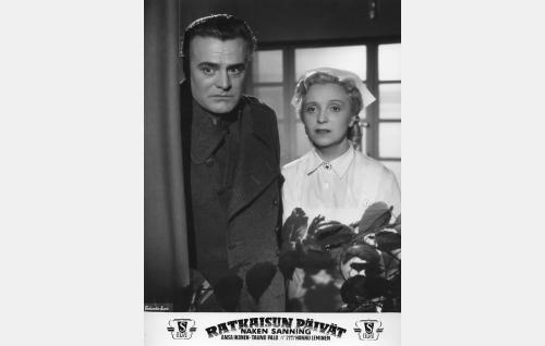 Tauno Palo ja Ansa Ikonen viimeisessä yhteisessä elokuvassaan.