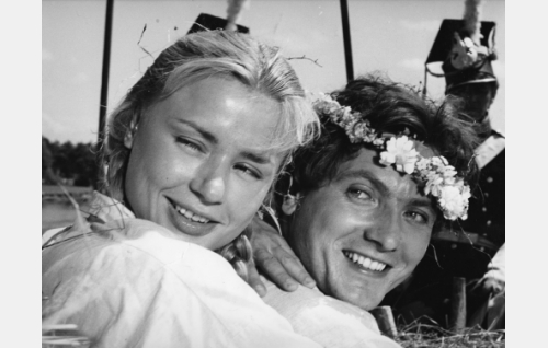 Hanka (Harriet Andersson) ja Janek (Ignacy Gogolewski).