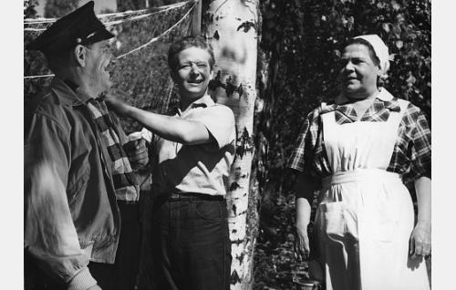 Pentti Irjala, Lasse Pöysti ja Siiri Angerkoski.