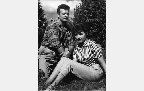 Göran Cederberg ja Pirkko Mannola.