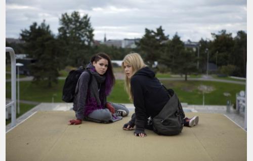 Sara Melleri ja Ada Kukkonen. Kuva: Solar Films / Jani Häkli.