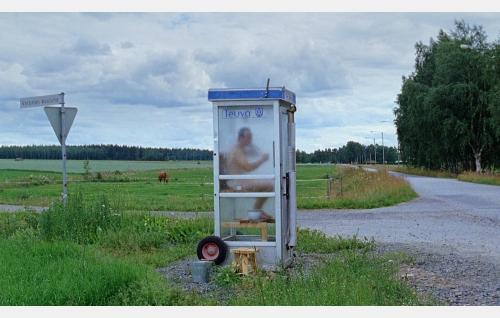 Sauna puhelinkopissa. Kuva: Oktober Oy.