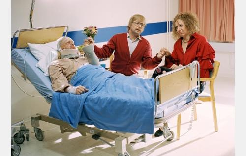 Pera (Heikki Silvennoinen), Seppo  (Heikki Hela) ja Pirkko (Mari Turunen).
