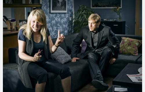 Perheriita: Sari (Katariina Kaitue) ja Sami (Samuli Edelmann). Kuva: Solar Films Inc. Oy / Jan Granström.
