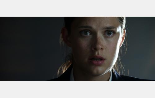 Julia (Krista Kosonen). Kuva: Jolle Onnismaa.