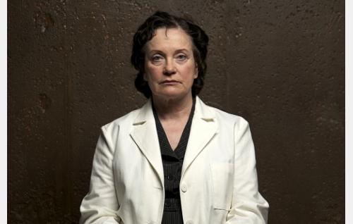 Tohtori Schwanck (Rea Mauranen).
