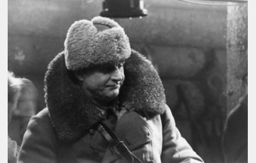 Everstiluutnantti Matti Laurila (Esko Salminen)