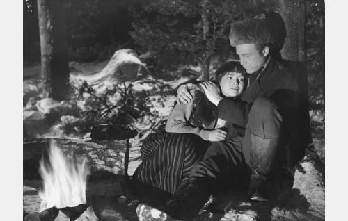 Anneli Sauli ja Matti Oravisto.