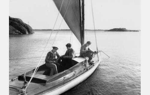 Kristoffer (Urho Seppälä), Lasse (Ilmari Unho) ja Pentti (Kaarlo Kytö).