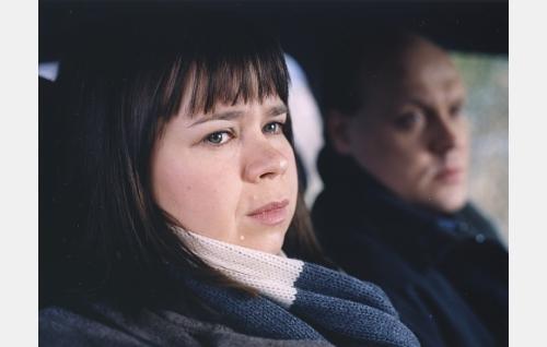 Marja (Katja Kukkola) ja Jaakko (Hannu-Pekka Björkman).