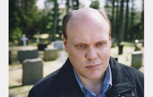 Jaakko (Hannu-Pekka Björkman).