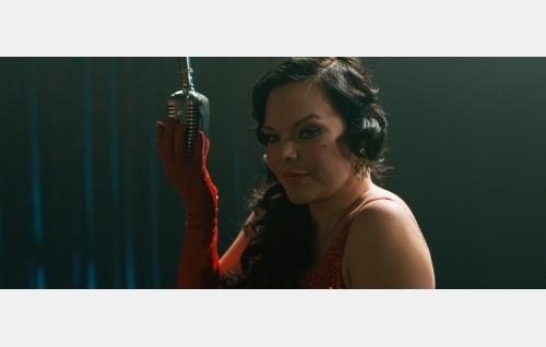 Ann (Anette Olzon). Kuvakaappaus Nightwish-elokuvasta Imaginaerum. Solar Films Inc. Oy.