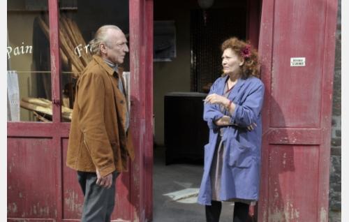 Marcel Marx (André Wilms) ja Yvette (Evelyne Didi). Kuva: Marja-Leena Hukkanen. © Sputnik Oy.