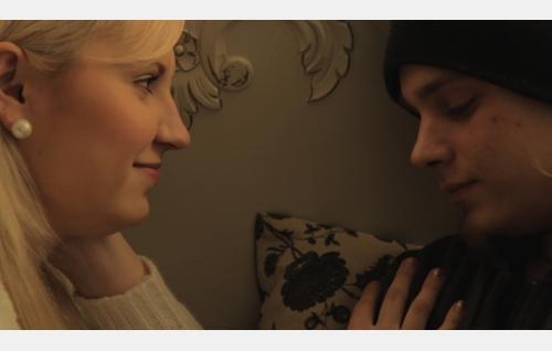 Sara ja Toni. Kuva: Filmimaa Oy.