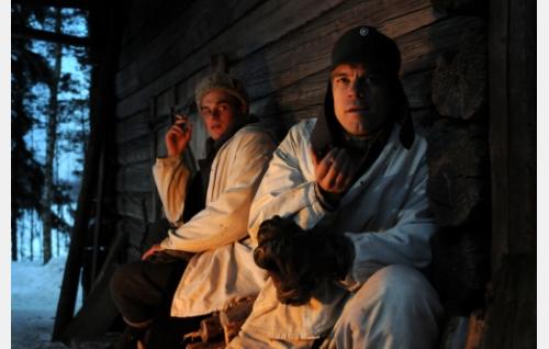 Antti (Lauri Tilkanen) ja Eino (Joonas Saartamo). Kuva: Cine Works Koskinen & Rossi Oy.