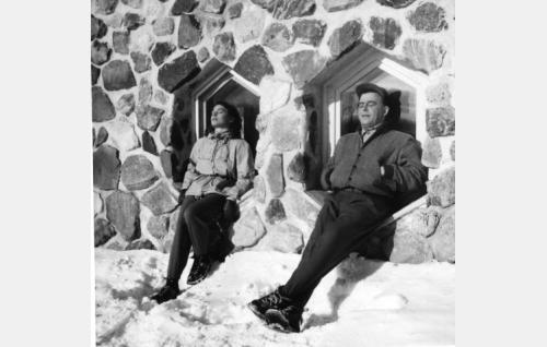 Anneli Sauli ja Olavi Virta