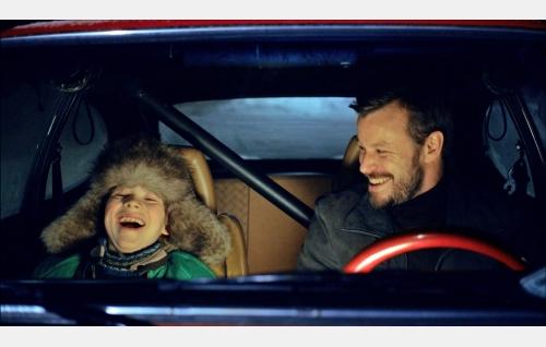Pete (Olavi Angervo) ja Kake (Peter Franzén). Kuva: Solar Films Inc. Oy.