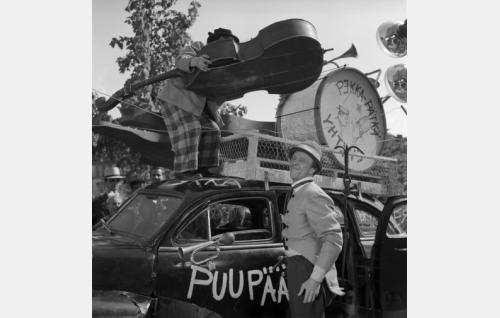 Pekka ja Pätkä lähdössä kiertueelle.