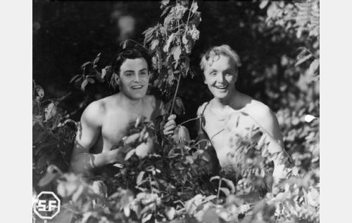 Tauno Palo ja Leo Lähteenmäki.