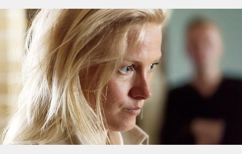 Kiia (Laura Birn). Kuva: Jaana Rannikko. © Vertigo Production Oy.