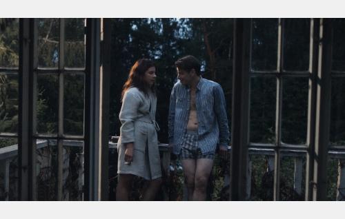 Tiina (Armi Toivanen) ja Tomi (Peter Franzén). Kuva: Marianna Films Oy / Kalle Ahti.