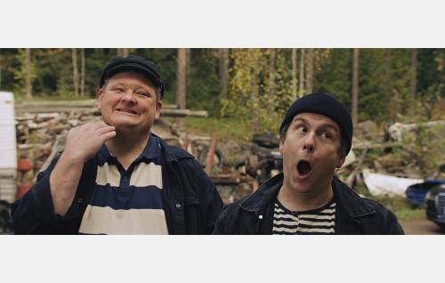 Lökö (Jan Nyquist) ja Mökö (Timo Kahilainen) © Solar Films Inc. Oy.