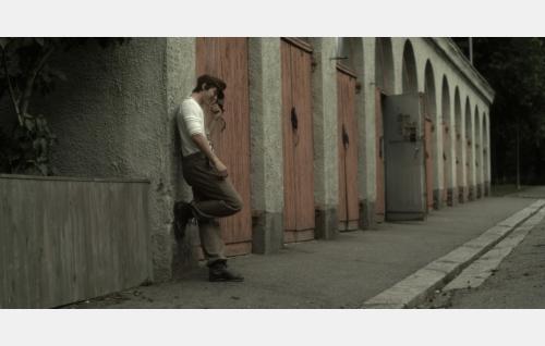 Allu Kajander (Andreas af Enehielm). Kuva: Helsinki-filmi Oy.
