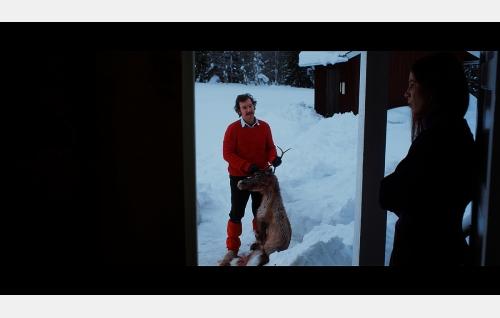 Klaus (Siegfried Terpoorten) ja Adrienne Müller (Barbara Terpoorten). Kuva: Elokuvatuotanto Salt Oy.