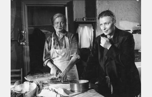 Emma Väänänen ja Toivo Mäkelä.