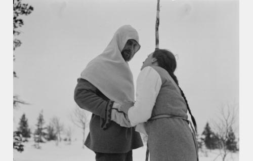 Olavi Reimas ja Hanna Taini.