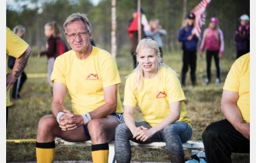 Timo (Taneli Mäkelä) ja Inari (Pamela Tola). Kuva: Mikko Rasila © 2016. Yellow Film & TV Oy.