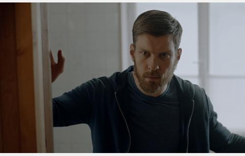 Jere Tiihonen (Antti Holma). Kuva: Helsinki-filmi Oy.