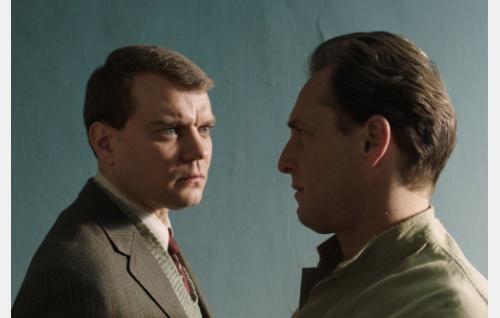 Anders Olsen (Pilou Asbæk) ja Bjørn Schouw Nielsen (Josh Lucas). Kuva: Art Films Production AFP Oy.