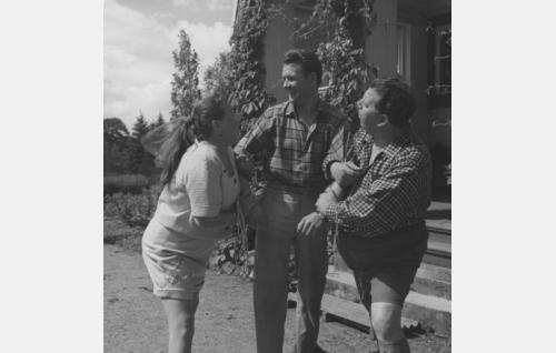 Siiri Angerkoski, Göran Cederberg ja Toivo Lahti.