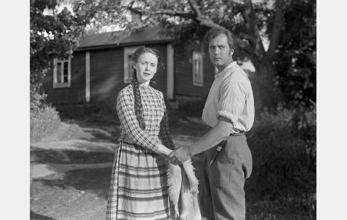 Eeva-Kaarina Volanen ja Helge Herala.