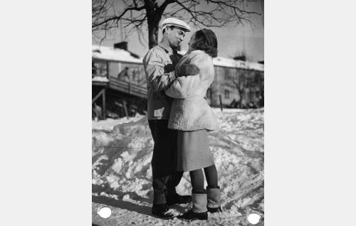 Rauli Tuomi ja Helena Kara.