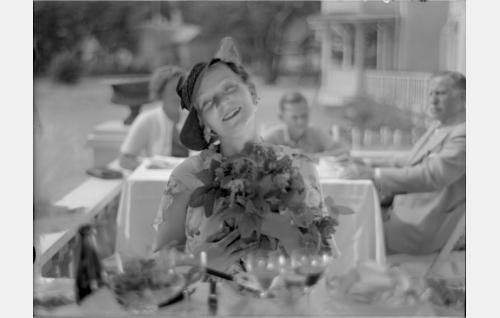 Josefine, Pensionat Rauhan emäntä (Martta Suonio)