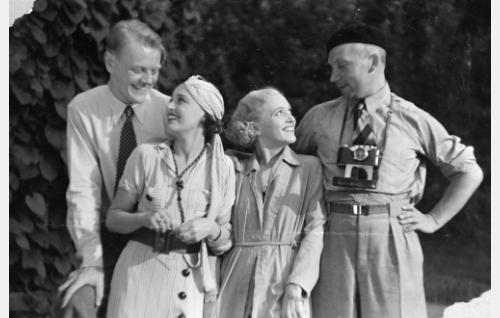 Henkilöt vas. Valentin Vaala, Birgit Nuotio, Ansa Ikonen, Theodor Luts.