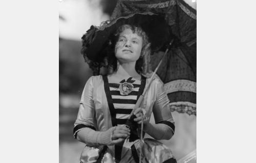 Mamselli Augusta E. Schenbeck (Rauha Rentola).