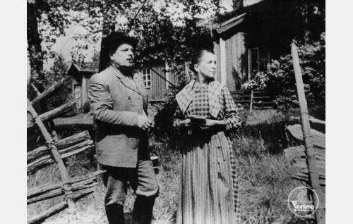 Toppo Elonperä ja Saara Ranin