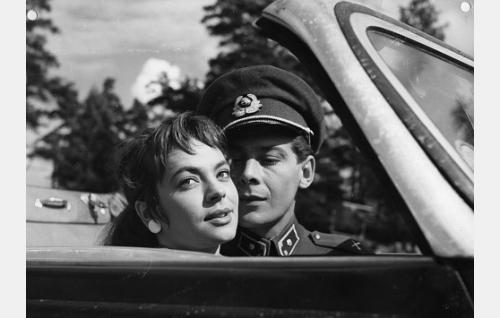 Anneli Sauli ja Martti Romppanen.