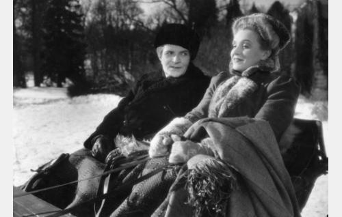 Santeri Karilo ja Ansa Ikonen.