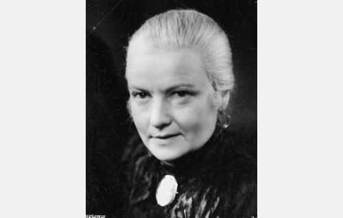 """Constance Sanmark, """"Conny-täti"""" (Anni Hämäläinen)"""