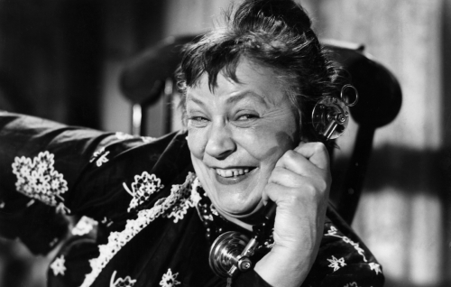 Torikauppias Hilda Husso (Emmi Jurkka).