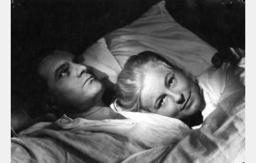 Tauno Palo ja Emma Väänänen.