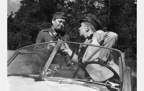 Pentti Viljanen ja Lasse Pöysti.
