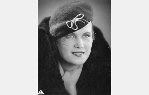 Marja Vehari, o.s. Paasisto (Maire Suvi)
