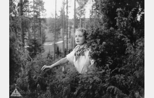 Heleena (Kaisa Leppänen).
